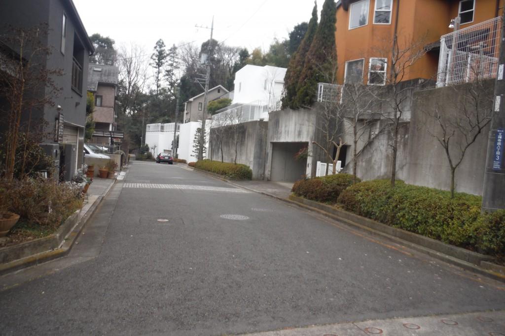 川崎市麻生区地下車庫築造替え工事