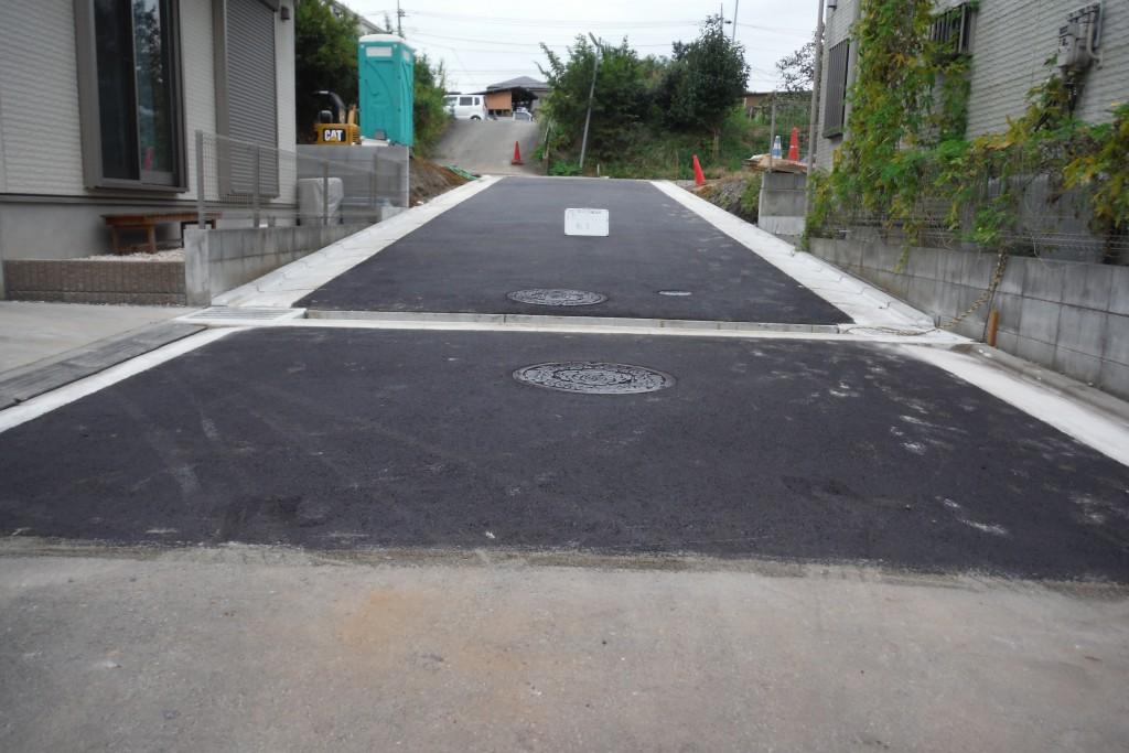 綾瀬市深谷中位置指定道路工事